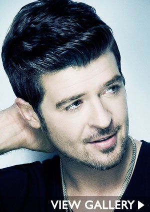 robin-thicke-headshot-black-shirt-300x425.jpg