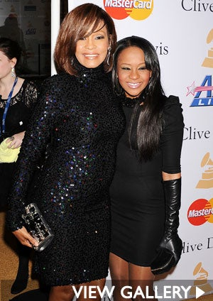 whitney-houston-bobbi-kris-425.jpg