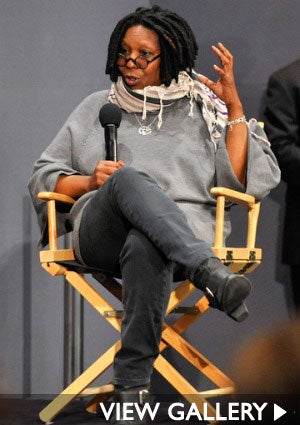 whoopi-goldberg-apple-store-425.jpg